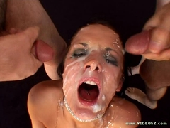 Sexy Alektra Blue gets her face blasted with huge load of cumshots