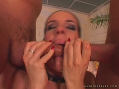 Hot milf Evelyn Foxy loves two hard cocks on her mouth