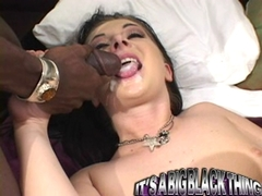 Renee Pornero gets a warm pop load on her mouth