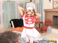Horny teen babe Jenny Hendrix giving a hot nasty blowjob