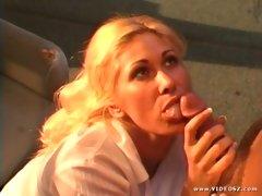Sexy babe Tiffany Mynx munch a hardrock meatpole