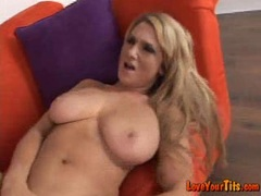 Jessica Sweet gets pinned hard on her cunt at the couch