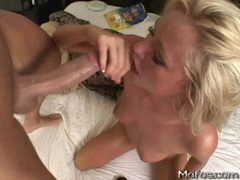 Brynn Tyler loves to take a pop jizz on her mouth