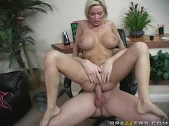 Busty mom Diamond Foxxx gets her tight asshole pinned on a hard meatpole