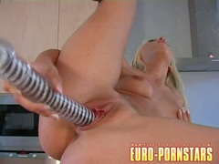 Carla Cox masturbates her cunt with a hard toy and taste her own juice