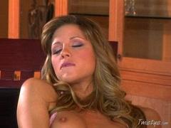 Czech hottie Monica Sweetheart crams her favorite dildo