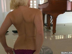 Horny blonde Ash Hollywood gets herself topless for one awesome action