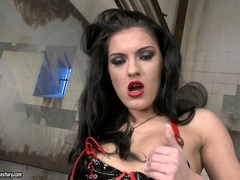 Filthy Honey Demon gets too hot to handle making everyone drool for her