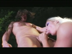 Blondie Barbara Summers loves an anal shagging and dirty facial