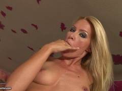 Sophie Moone thumps her naughty hot fingers in and out her awesome meatcave