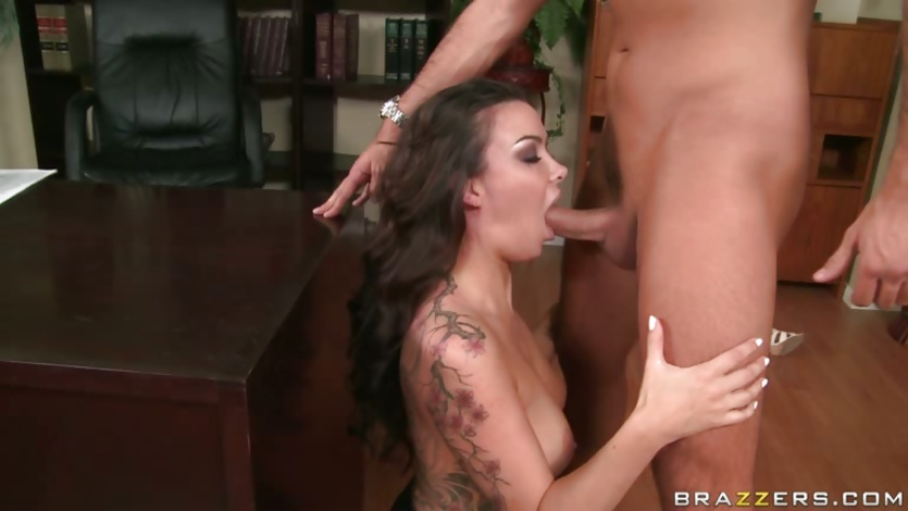Natalia Cruze stuffs her mouth with a tempting thick shaft and enjoys it