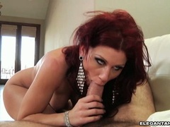 Brooklyn Lee feeds her milf mouth a nice pulsating dick