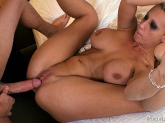 Hot babe Tanya James spreads wide getting a fucking