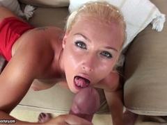 Kathia Nobili let hot comings melt on face