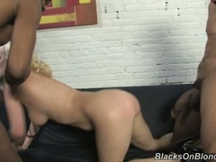 Cherry Torn getting her clit screwed while sucking