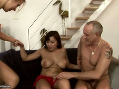 Nikky Thorne get filled with cum with horny babe