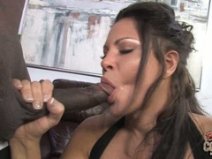 Teri Weigel lick the long monster black dick