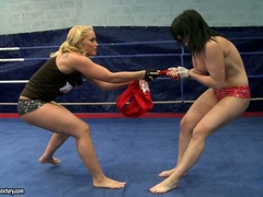 Aagell Summers and Kathia Nobili horny babe wild fight