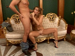 Kathia Nobili mastrubate a hot dick of bald man