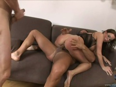 Scorching Cindy Dollar loves a hard double penetration