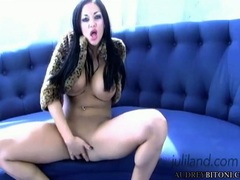 Gorgeous Audrey Bitoni rams her fingers in her snatch