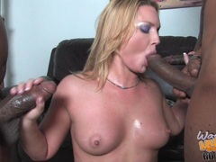Sizzling Flower Tucci gives these two cocks a cleaning