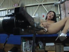 Vicky Chase's hot ass gets a hot machine fucking