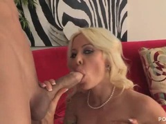 Hot Helly Mae Hellfire wraps her lips round a hard dick
