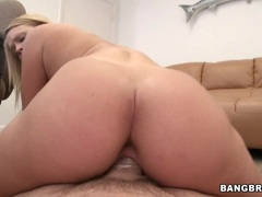 Sassy Heather Starlet gets drilled up her piss flaps