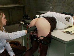Alluring Cherry Torn gets her wet slit wired up