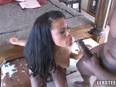 Black bitch gets a cumshot from Lex Steele's monster