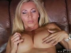 Curvy MILF Lisa Lee toys her nipples for your pleasure