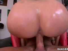 Big assed Paige Turnah rides her pussy on a huge dick