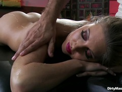 Kinky babe Samantha Saint gets an oily rub down