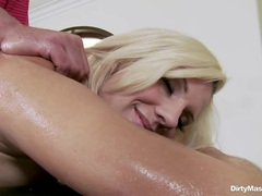 Sizzling Lylith Lavey is covered in oiled & rubbed down