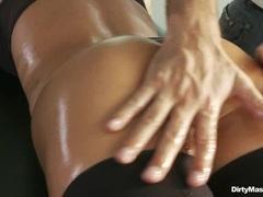 Naughty Sue Diamond gets a cheeky butt massage
