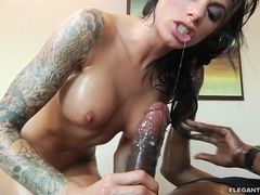 Sassy Juelz Ventura sucks ass juice off this dick