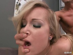 Red hot babe Jessica Moore is pounded up her pink taco