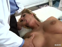 Zoey Holiday gobbles down this throbbing skin flute