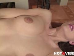 Sexy Eufrat teases her juicy wet love slot