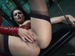 Megan Coxxx gets her snatch fingered by Rebecca More