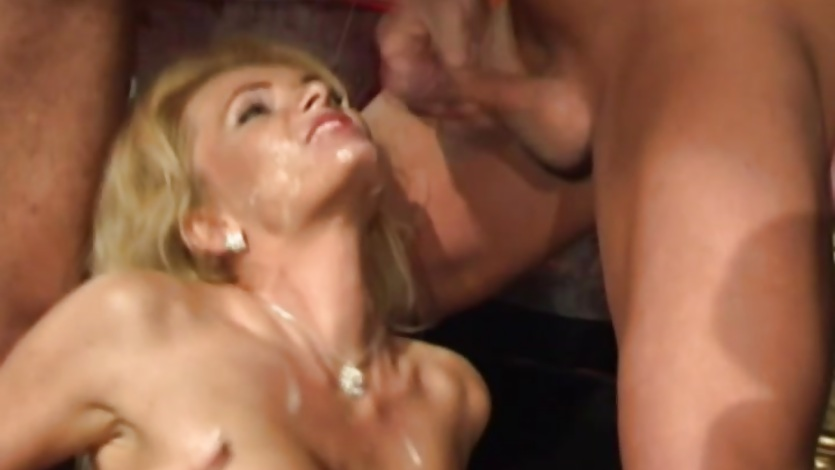 Nicoletta Blue gets splattered with hot jizz