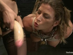 Sexy Ariel Carmine gets toy fucked by Bobbi Starr