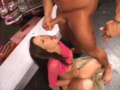Raunchy Taylor Rain gets saturated in hot nut juice