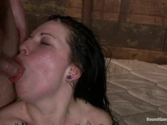 Aria Aspen gets her face plastered with hot cum