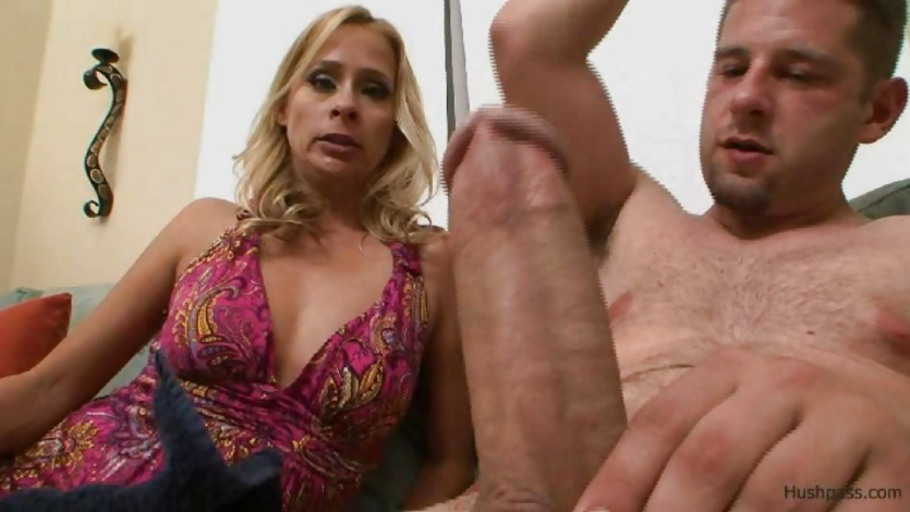 Payton Leigh loves huge throbbing cock