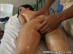 Hot babe orgasms in a crazy massage porn movie