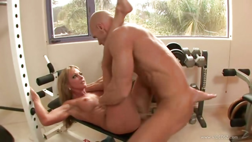 Raunchy Shayla Laveaux gets a mouth full of warm jizz