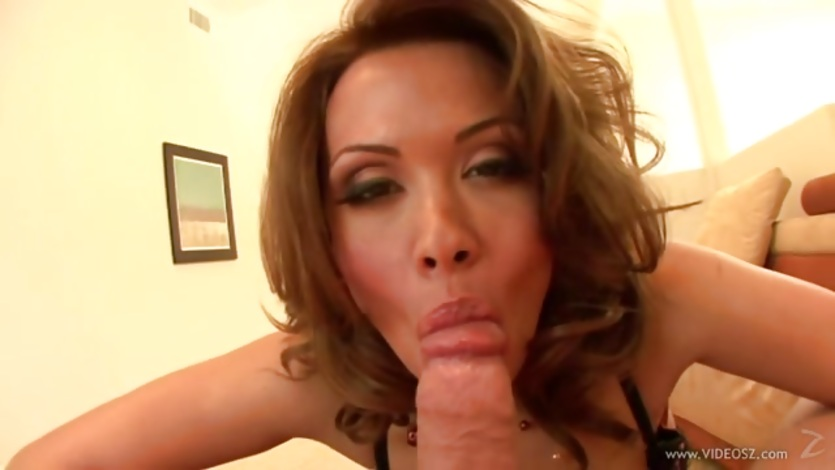 Blistering Sienna West loves slurping on this hard cock