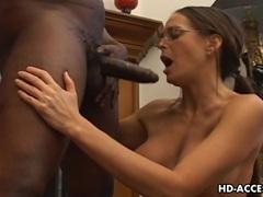 Horny Milf Cheyenne Hunter knoshing on a cock